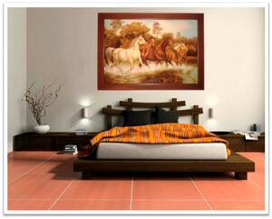 Картины из янтаря в интерьере. Лошади в спальне